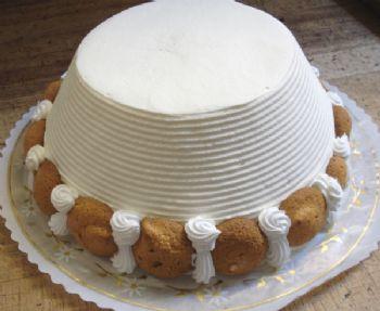 Sacripantina cake at Stella Pastry