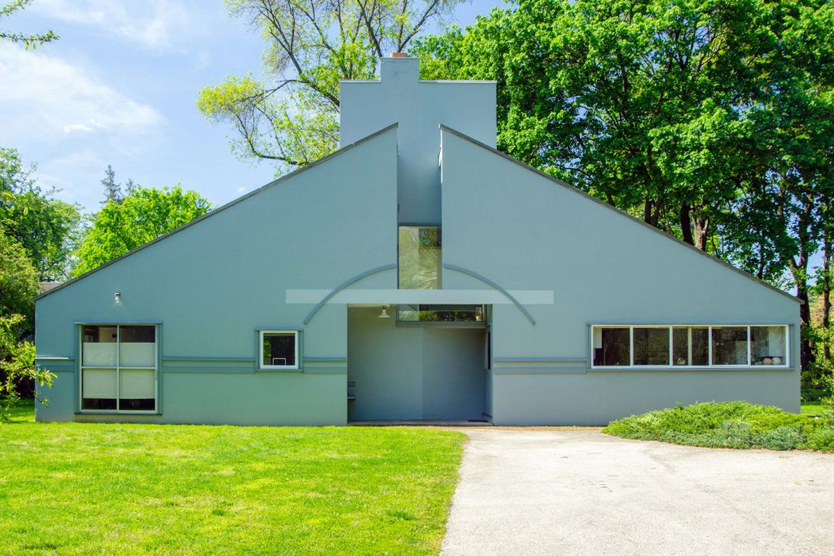 An exterior view of the Vanna Venturi postmodern house designed by Robert Venturi.