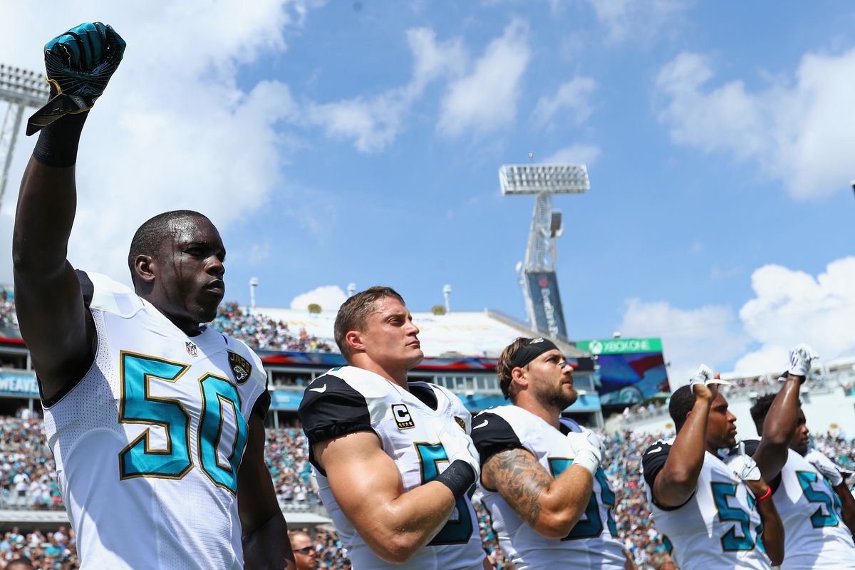 Telvin Smith of the Jacksonville Jaguars protesting during the National Anthem before a 2016 game