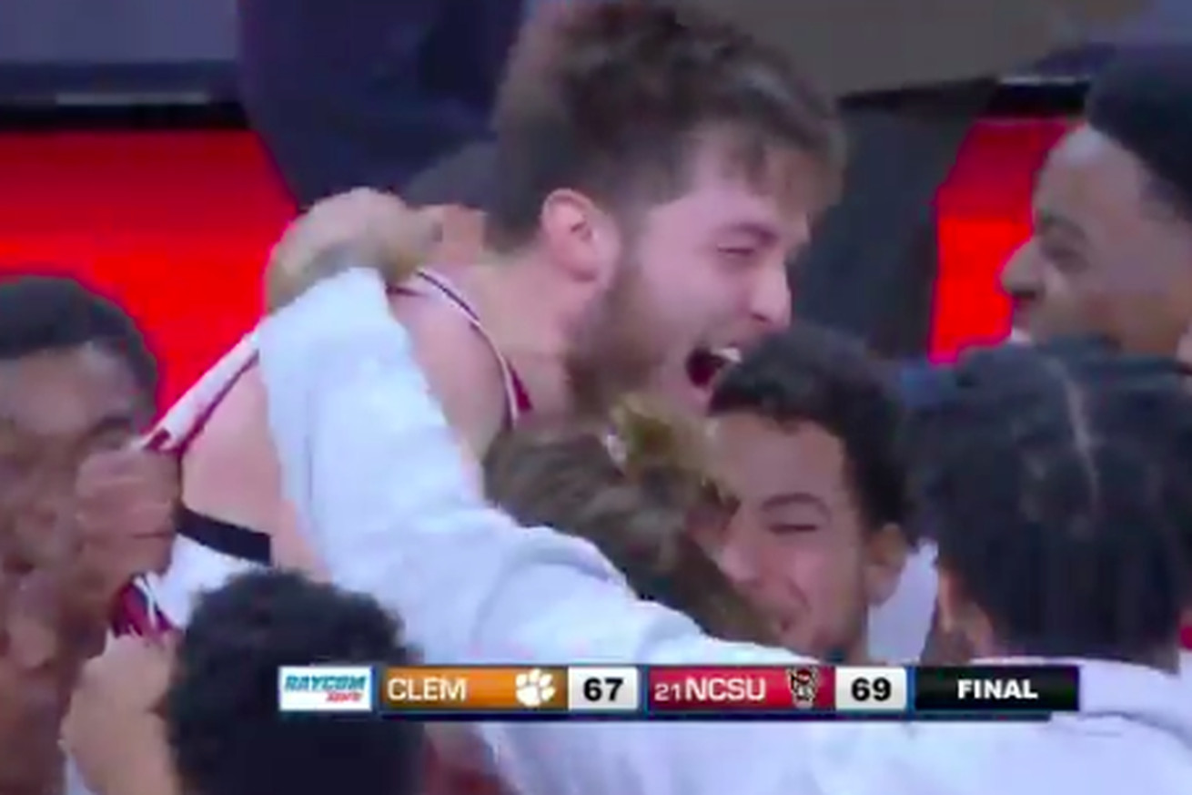 Screen Shot 2019 01 26 at 3.27.26 PM.0 - Braxton Beverly's buzzer-beater three-pointer gives NC State comeback win over Clemson