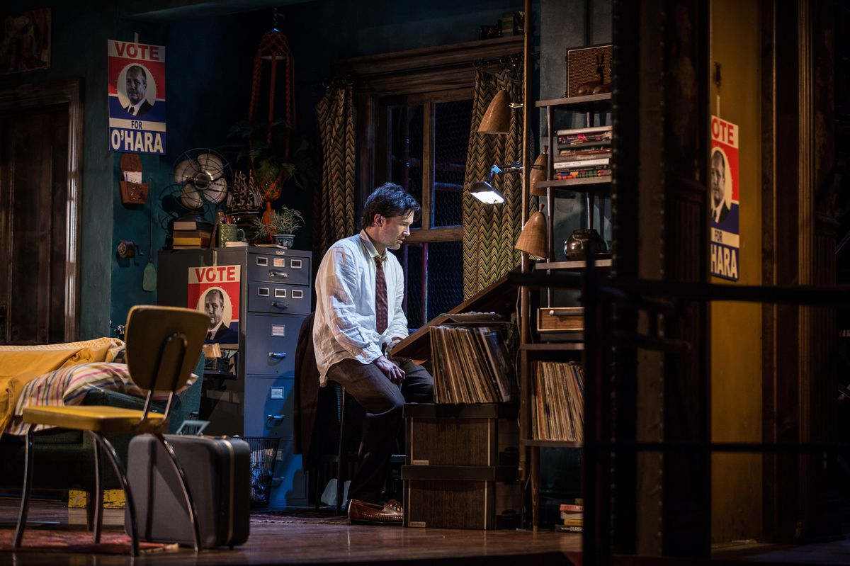 """Chris Stack stars as Sidney Brustein in the Goodman Theatre's production of """"The Sign in Sidney Brustein's Window.""""   PHOTO BY LIZ LAUREN"""