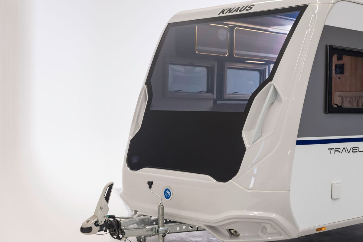 smart window tint technology this concept camper by knaus features picture window with adjustable tint all photos courtesy of hightech smart glass curbed