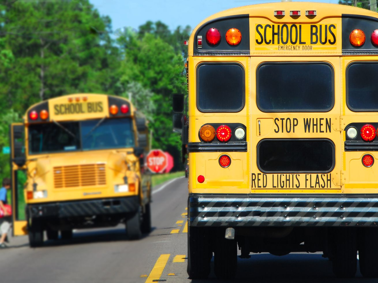 Utah Senate gives preliminary OK to increase penalty for illegally passing school buses