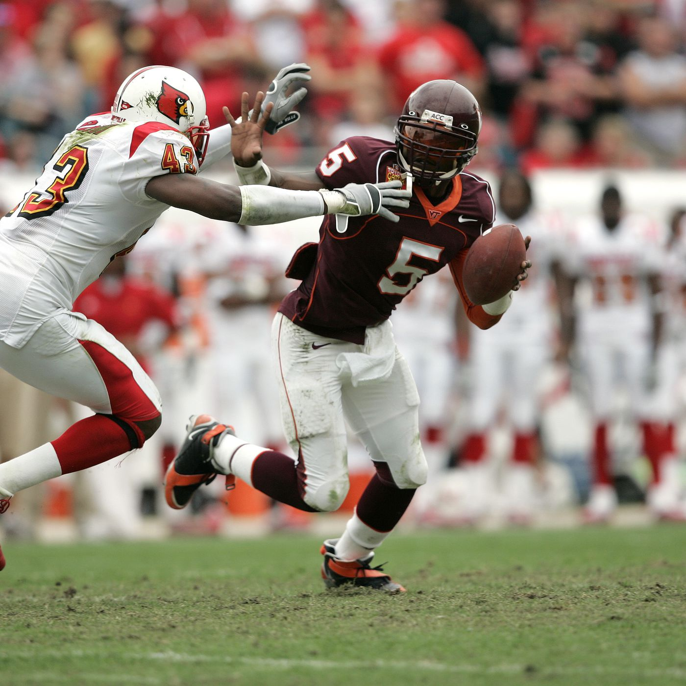 Virginia Tech Football A Chat With Card Chronicle Previewing The Hokies And Louisville Gobbler Country