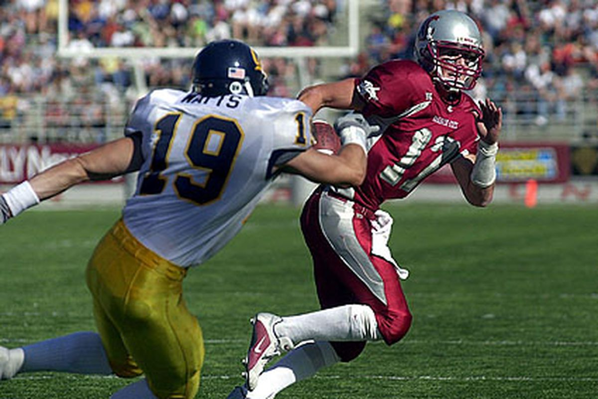 Jason Gesser will be joining the WSU staff in an off-the-field assistant role. <em>(Photo via The Associated Press)</em>