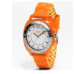 "<a href=""http://www.coach.com/online/handbags/-watches-10551-10051-5000000000000287301-en?viewType=viewall&t1Id=5000000000000287301&t2Id=5000000000000287301&LOC=LN&LOC=LN#107464""> Coach Boyfriend rubber strap watch</a>, $158 coach.com"