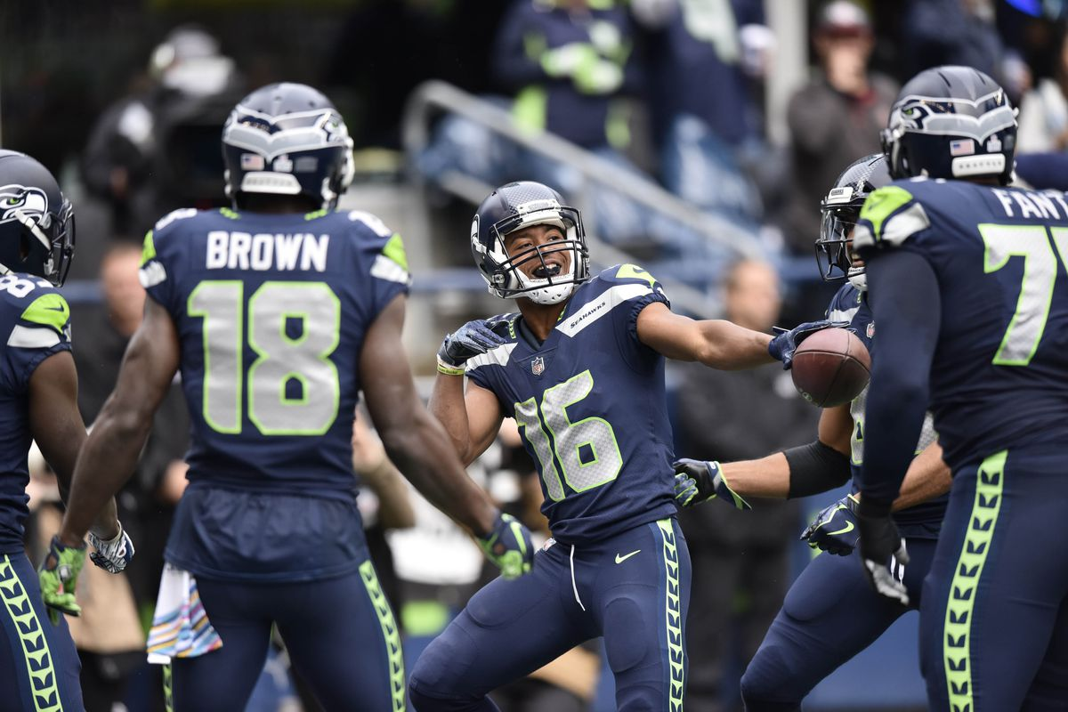 Seahawks News 10 8  Positive Takeaways From Loss to Rams - Field Gulls 09bd1107c