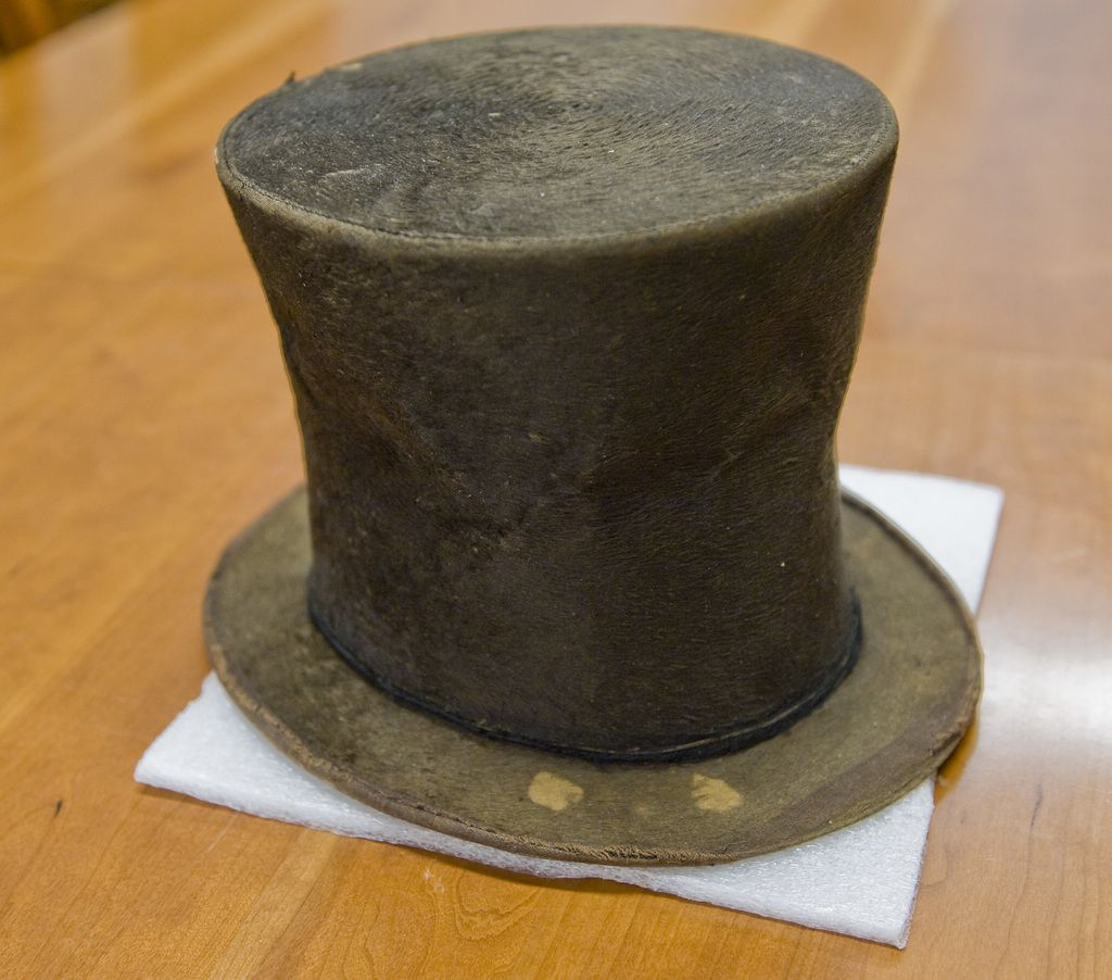 The Abraham Lincoln Presidential Library and Museum in Springfield's Abraham Lincoln hat.