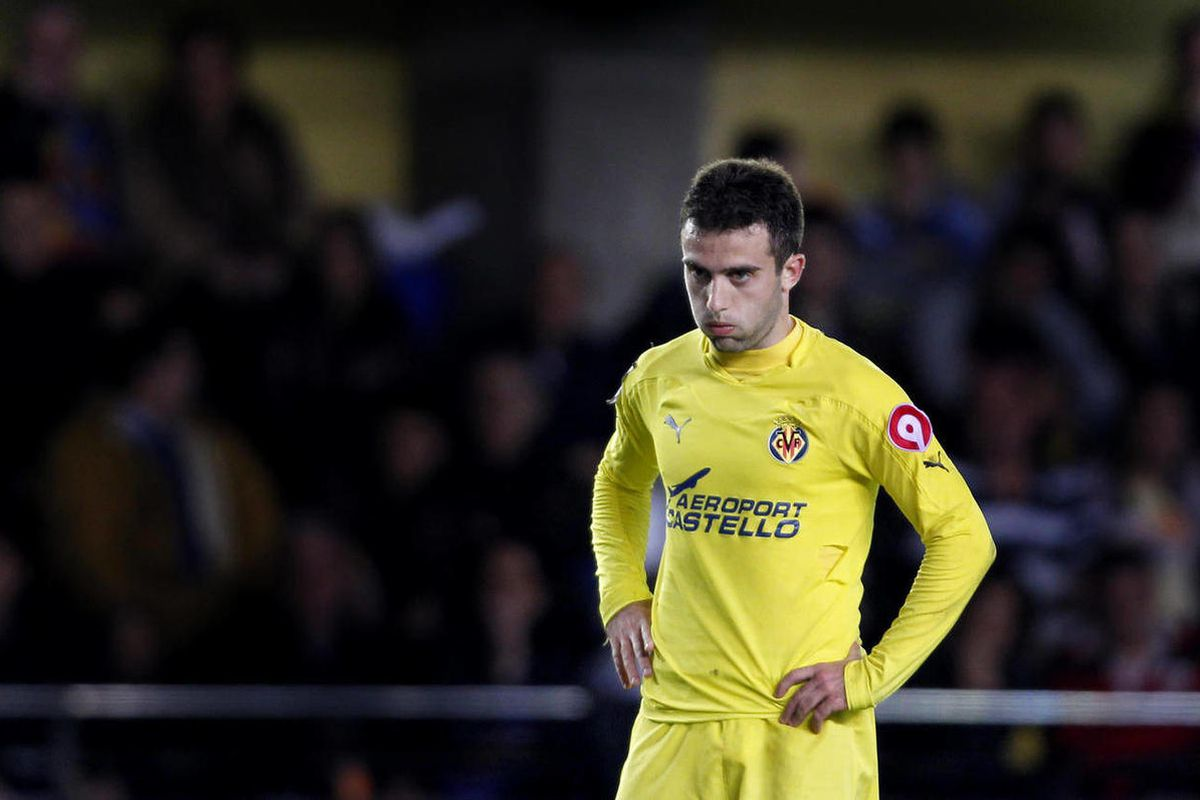 Villarreal's Giuseppe Rossi from Italy, reacts during the Copa del Rey second-leg soccer match against Valencia at the Madrigal stadium in Villarreal, Spain, Thursday, Jan. 6, 2011.