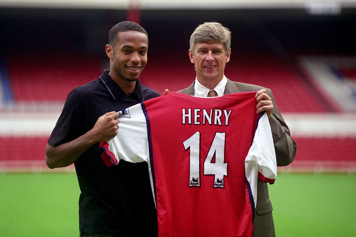 Soccer - Arsenal Press Conference - New signing