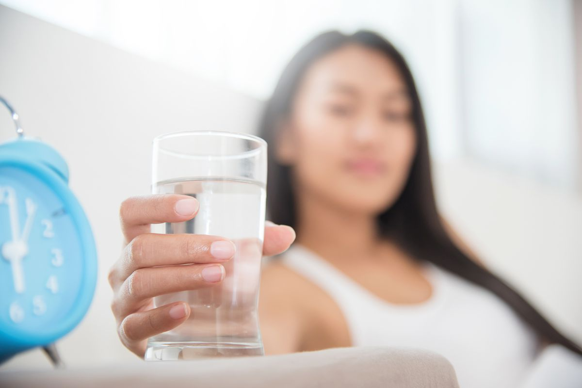 After going several hours without a sip, a serving of water first thing can hydrate the body while aiding digestion and metabolism.