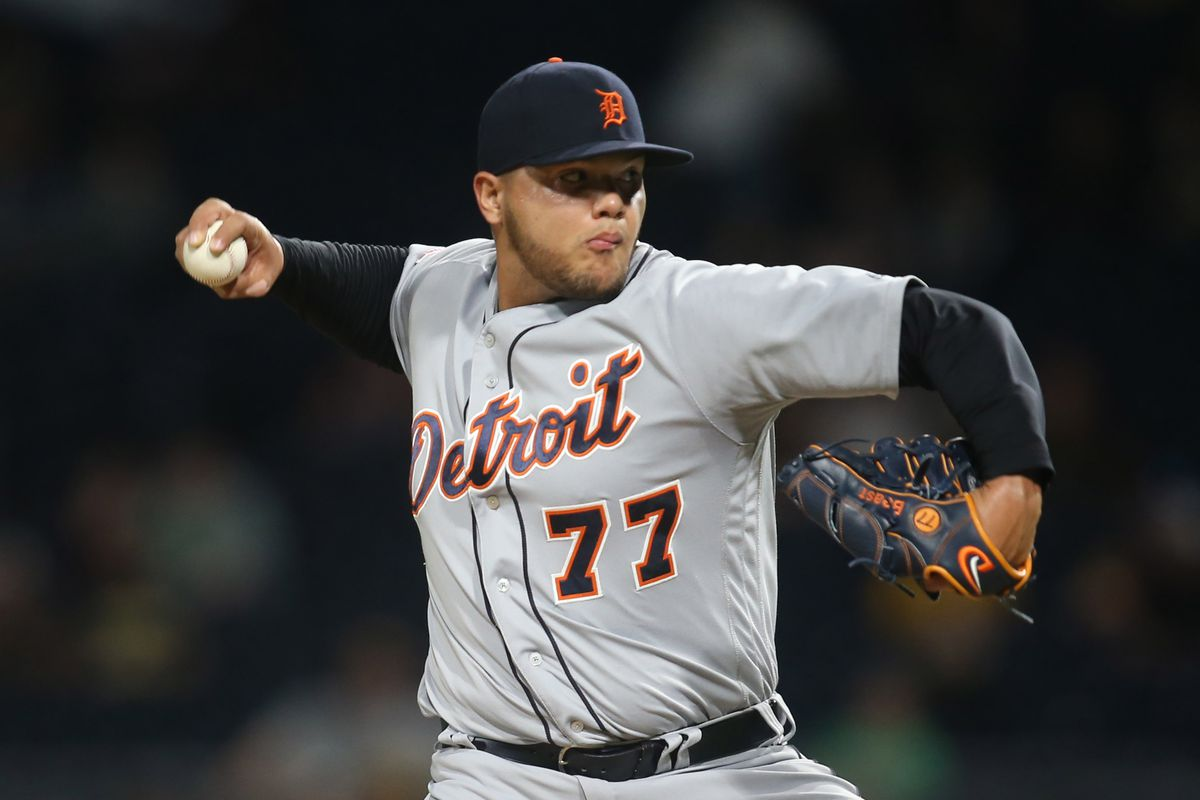 Mlb Trade Rumors The Tampa Bay Rays Are Interested In Joe