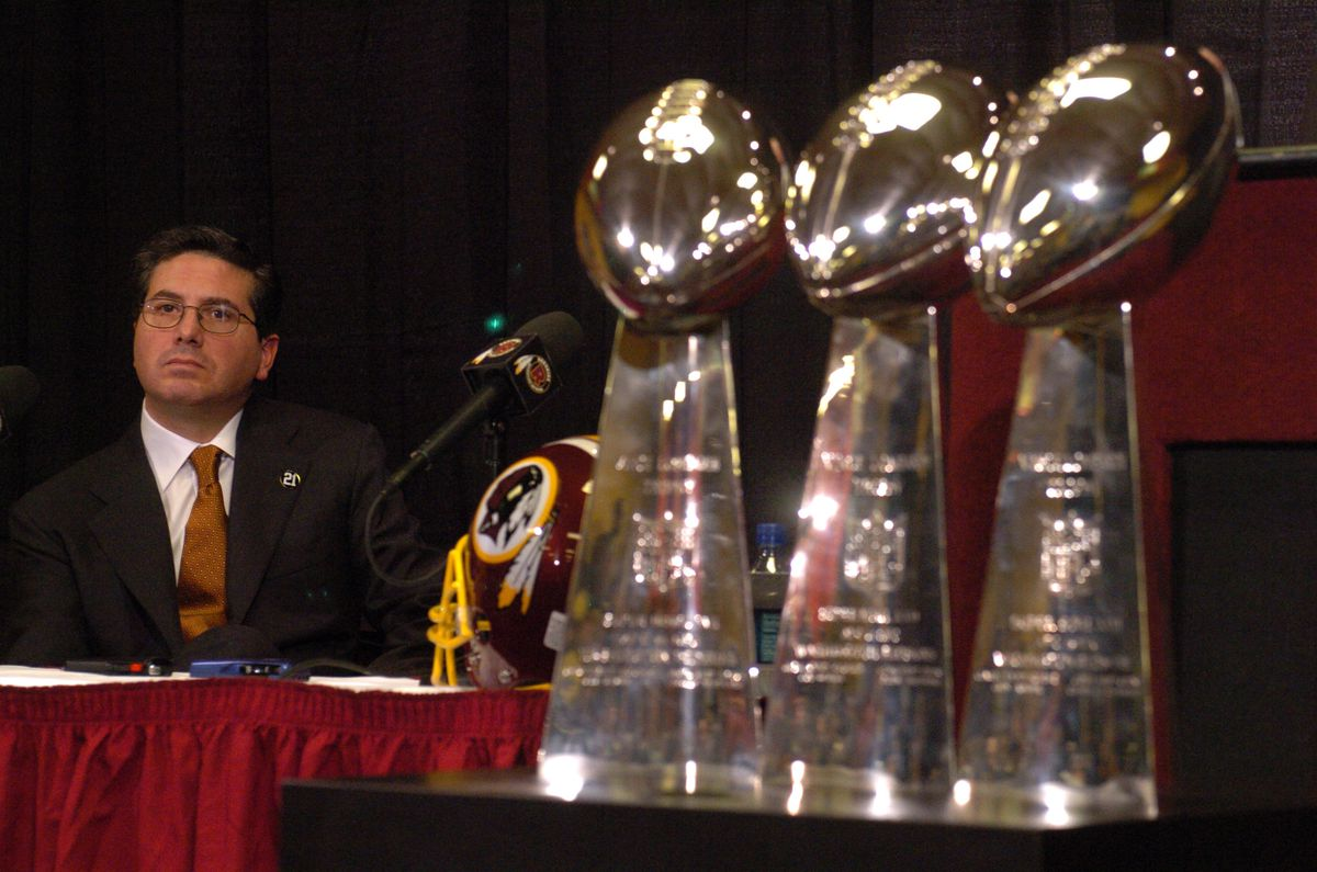 Joe Gibbs Resigns As Head Coach of Washington Redskins