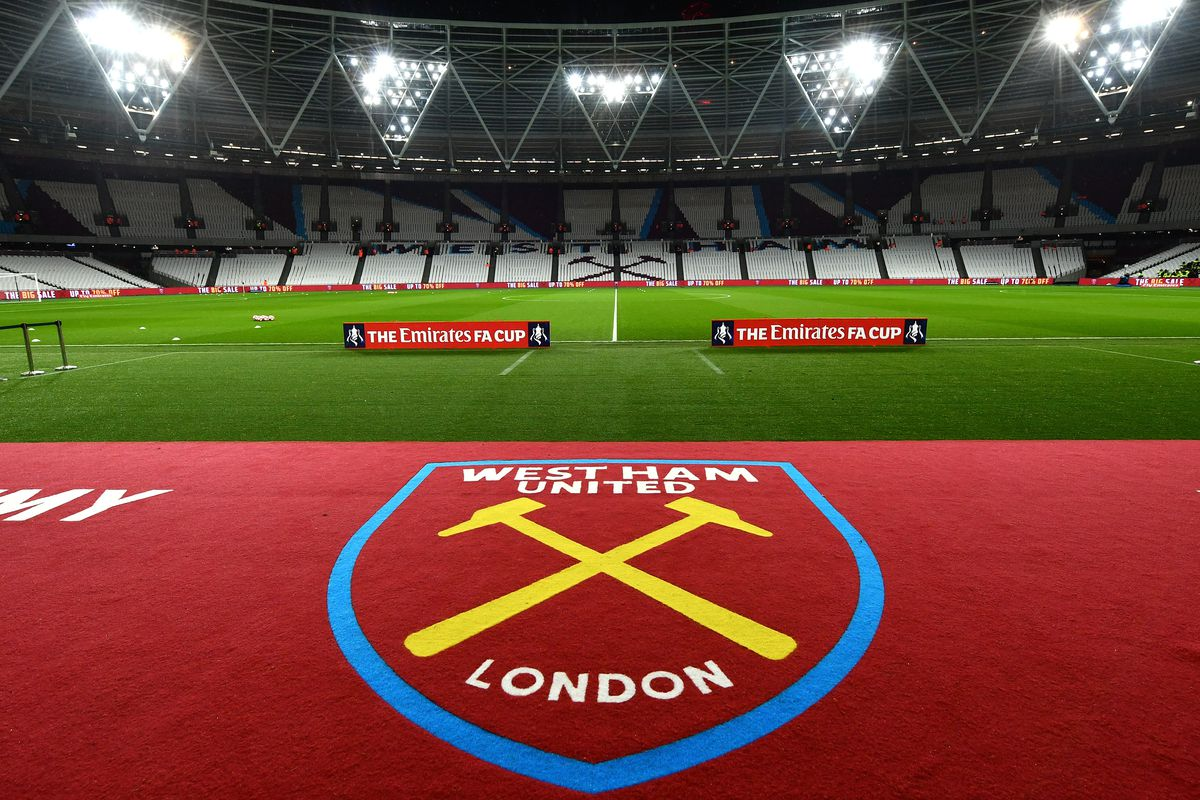 West Ham United v Manchester City - The Emirates FA Cup Third Round