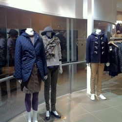 Thankfully, the MUJI store has significantly less mannequins as the UNIQLO store, and MUJI's don't creepily rotate