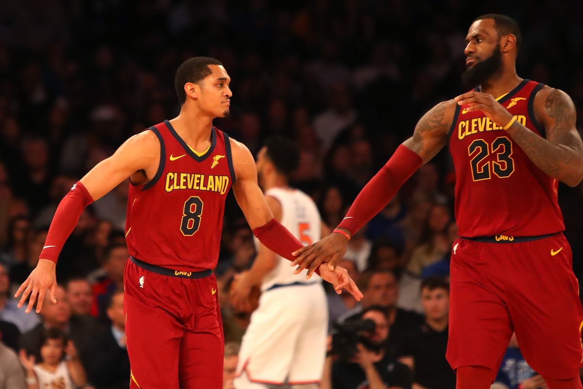 aa599aafd83 How the Lakers-Cavaliers midseason trade paved LeBron s way to Los Angeles