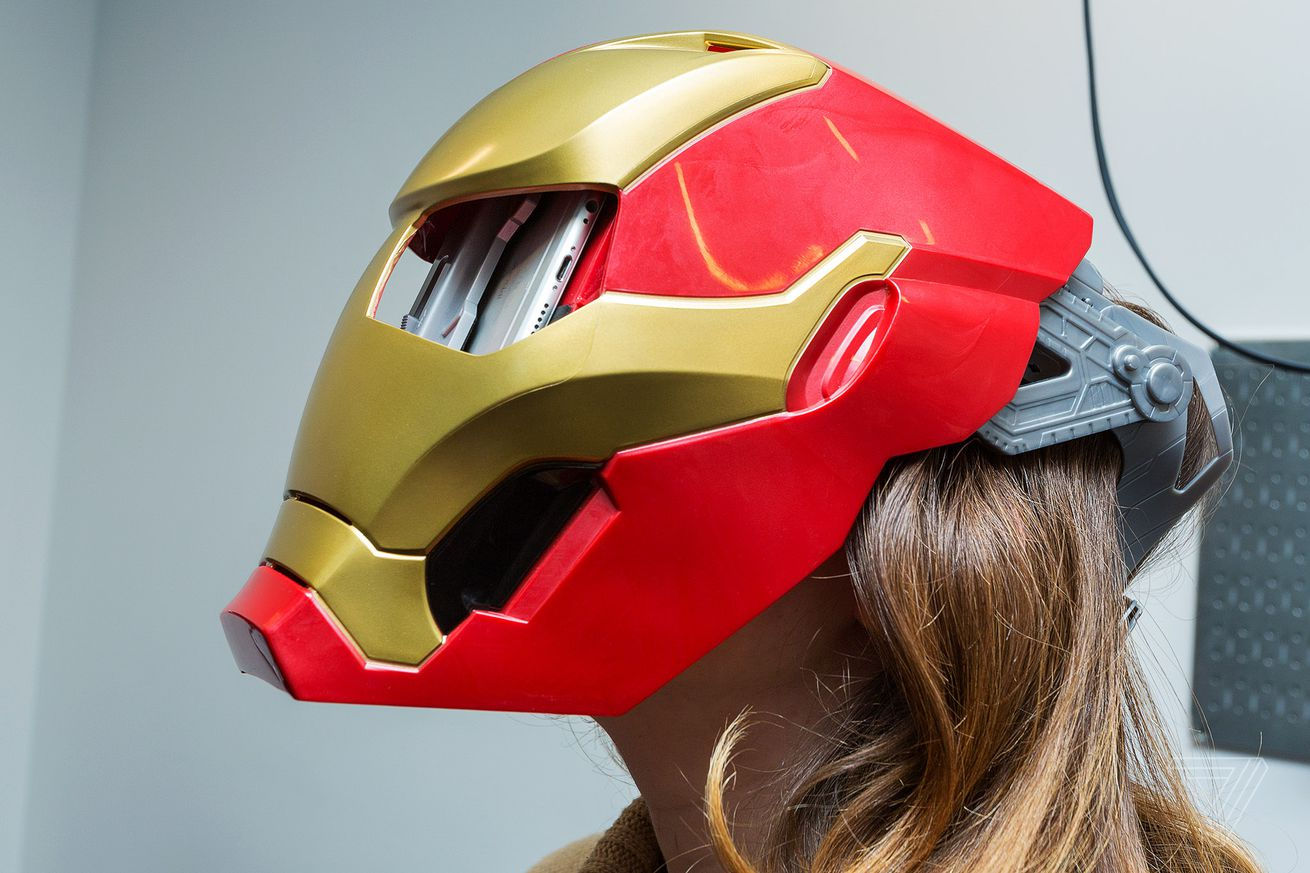 i honestly look good in this iron man mask