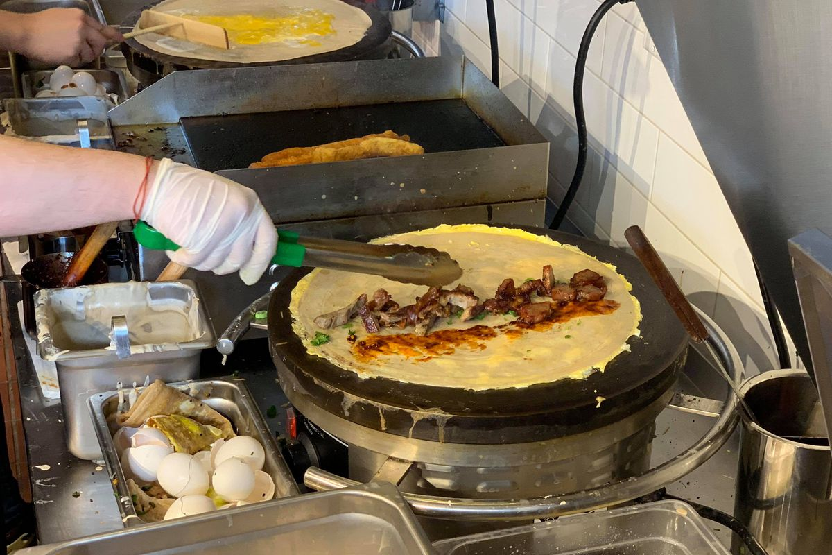 Jianbing China S Most Popular Street Breakfast Comes To A New Pasadena Restaurant Eater La