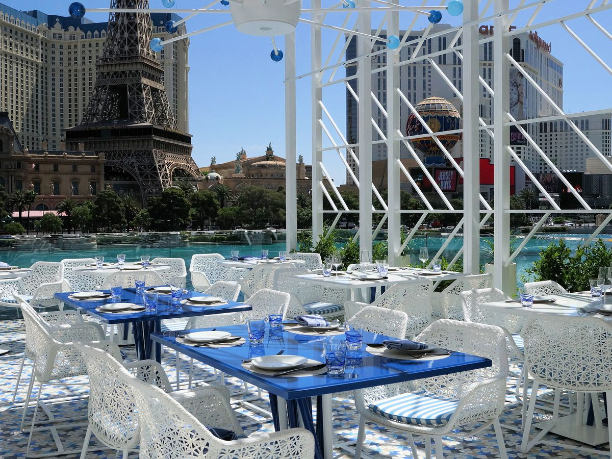 The Hottest New Outdoor Dining Spots In Las Vegas Eater Vegas