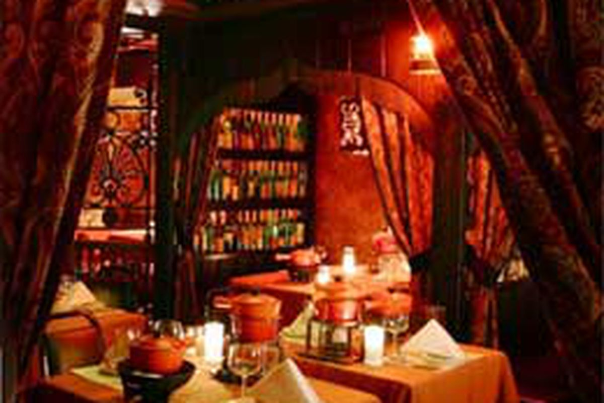 Gejas Is The Only Romantic Spot In Chicago Eater Chicago
