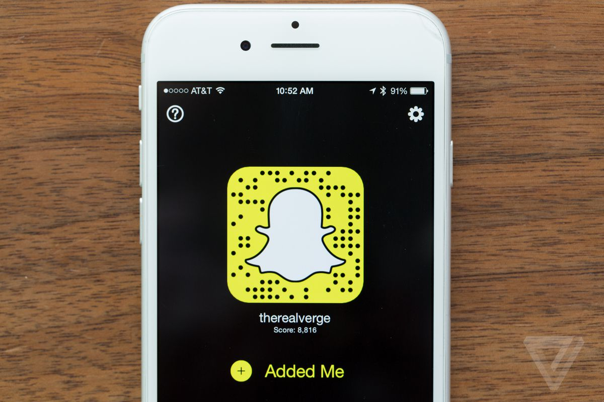 Snapchat lets users share Stories outside of the app