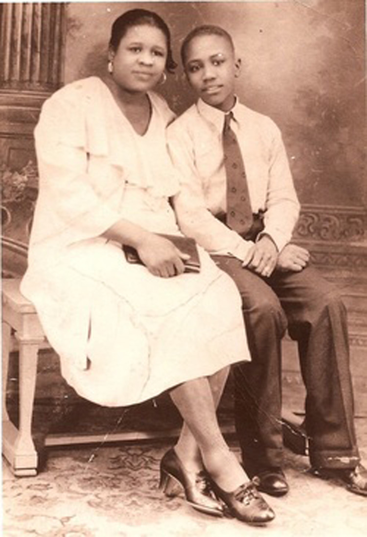Young Sherman Howard with his mother Loretta in 1934.