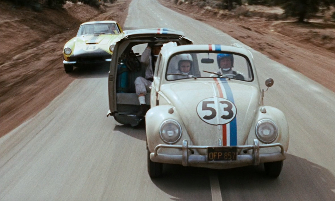 the love bug split in two to out drive another race car