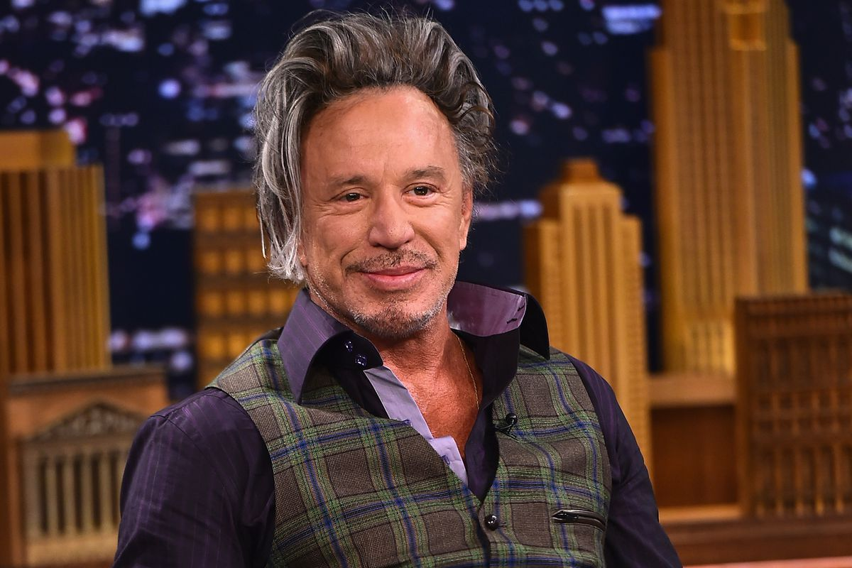 Mickey Rourke returnin...