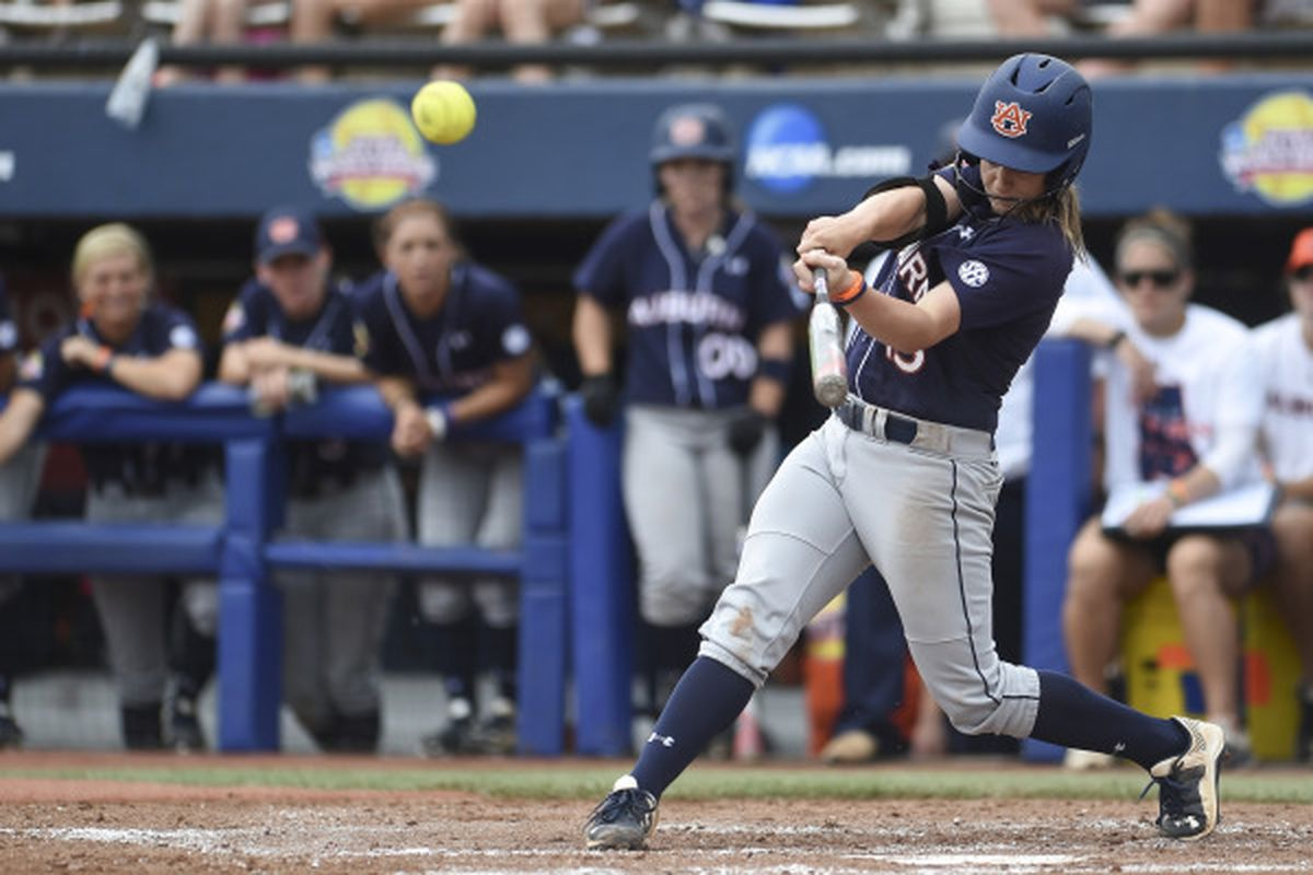 Kasey Cooper at the WCWS against Florida.