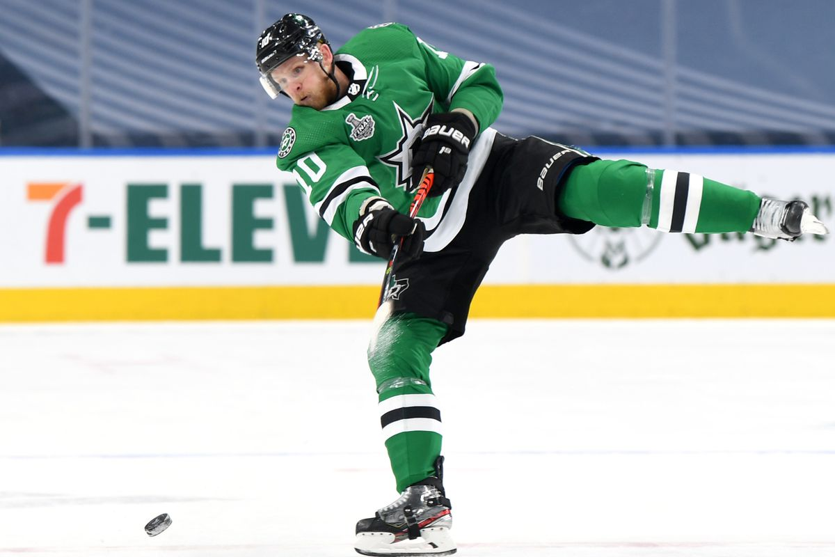 EDMONTON, ALBERTA - SEPTEMBER 23: Corey Perry #10 of the Dallas Stars shoots the puck in the second period of Game Three of the NHL Stanley Cup Final between the Tampa Bay Lightning and the Dallas Stars at Rogers Place on September 23, 2020 in Edmonton, Alberta, Canada.