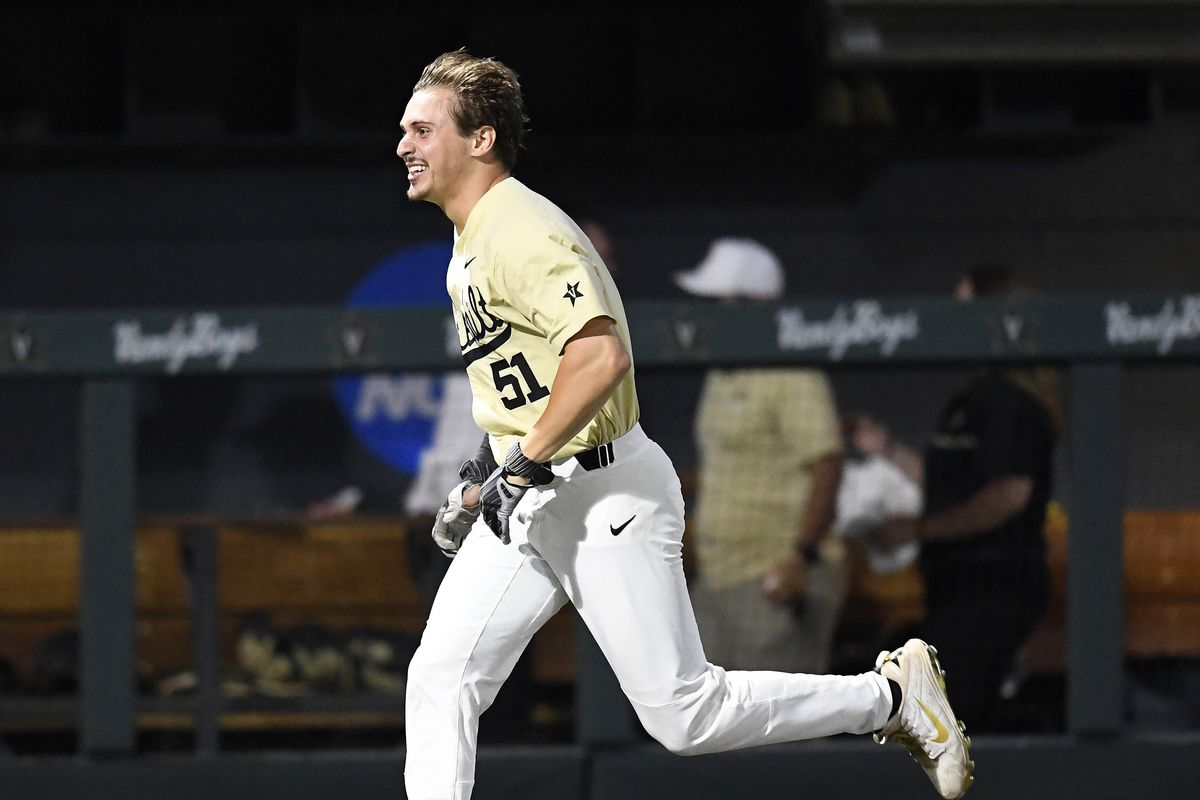 MLB draft 2019: Tigers projected to take OF J J  Bleday in