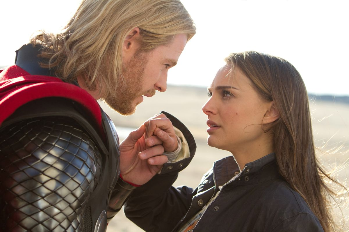 Natalie Portman will play Thor in 'Thor: Love and Thunder.' Here's how it  happened in the Marvel comics - Deseret News