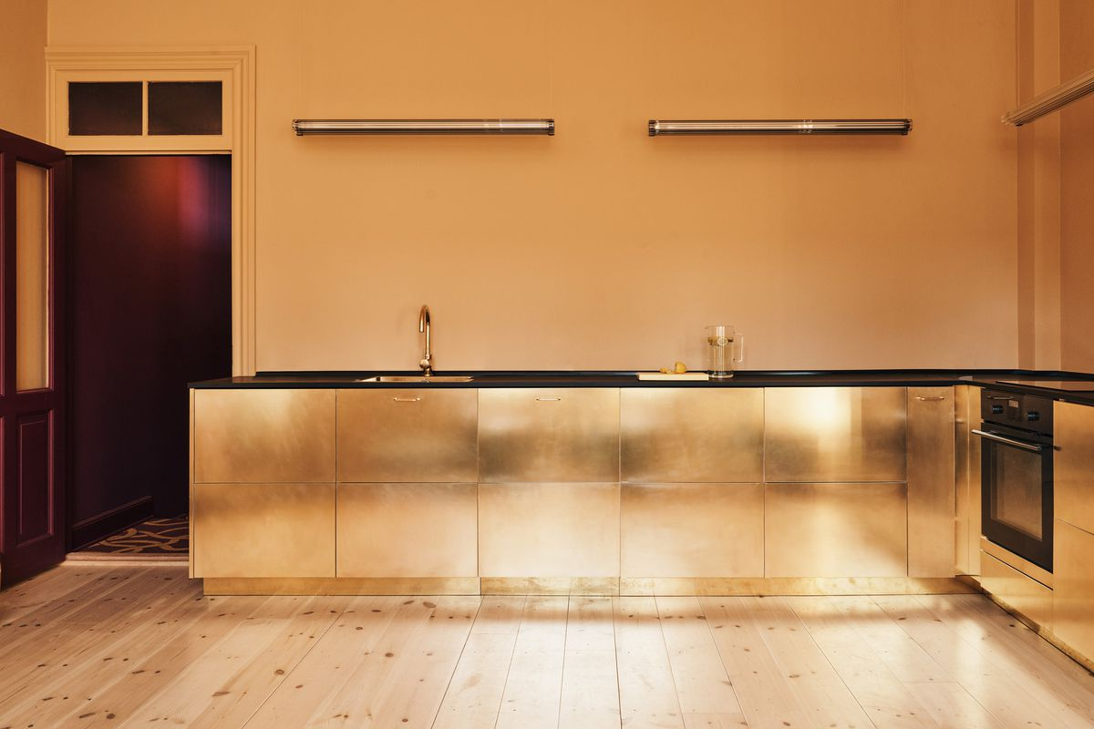 Reform creates brass doors for Ikea kitchen - Curbed