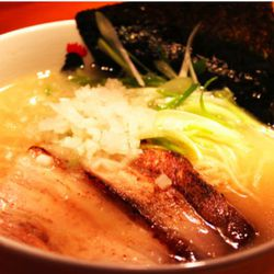 """Totto Ramen by <a href=""""http://www.flickr.com/photos/tychenyt/4966231075/in/pool-29939462@N00/"""">tychenyt</a>"""
