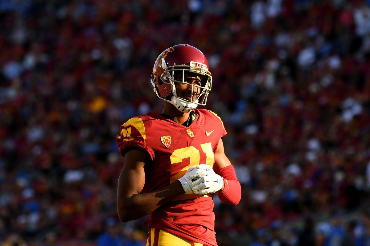 USC Football: Pair of Trojans to return for their senior season.