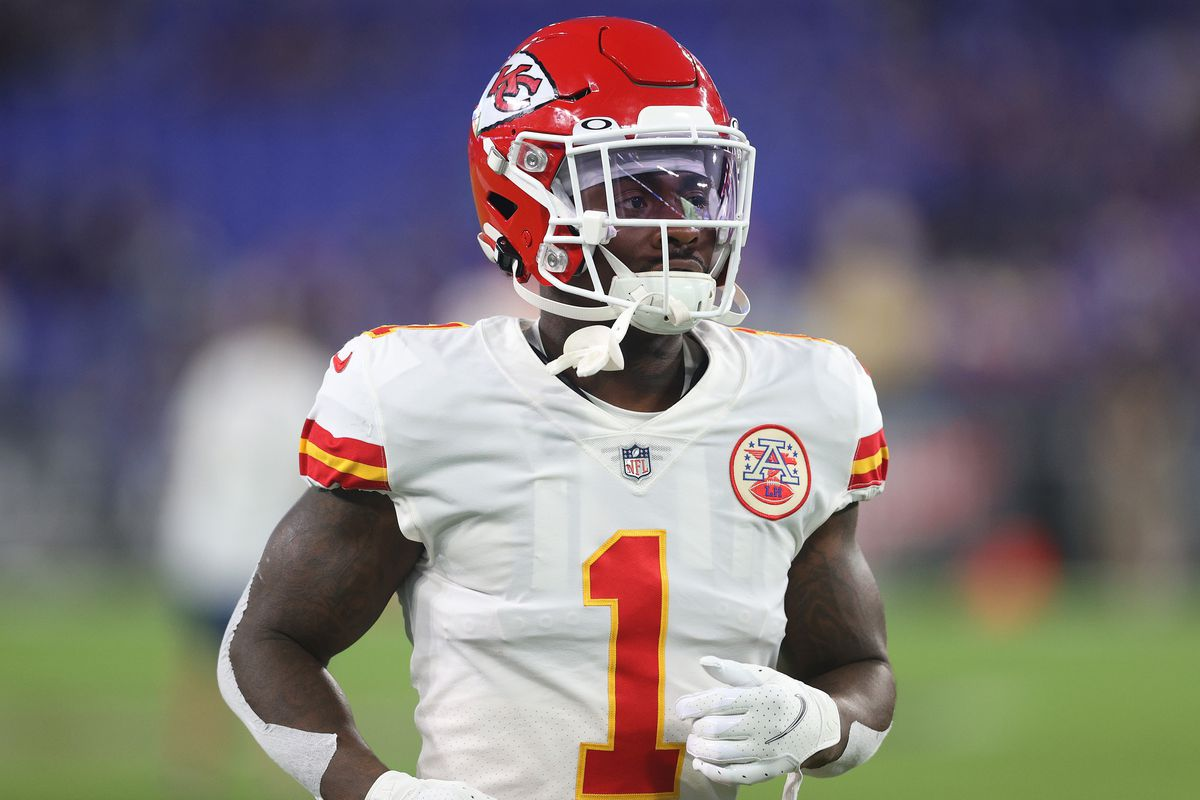 Jerick McKinnon #1 of the Kansas City Chiefs warms up prior to the game against the Baltimore Ravens at M&T Bank Stadium on September 19, 2021 in Baltimore, Maryland.