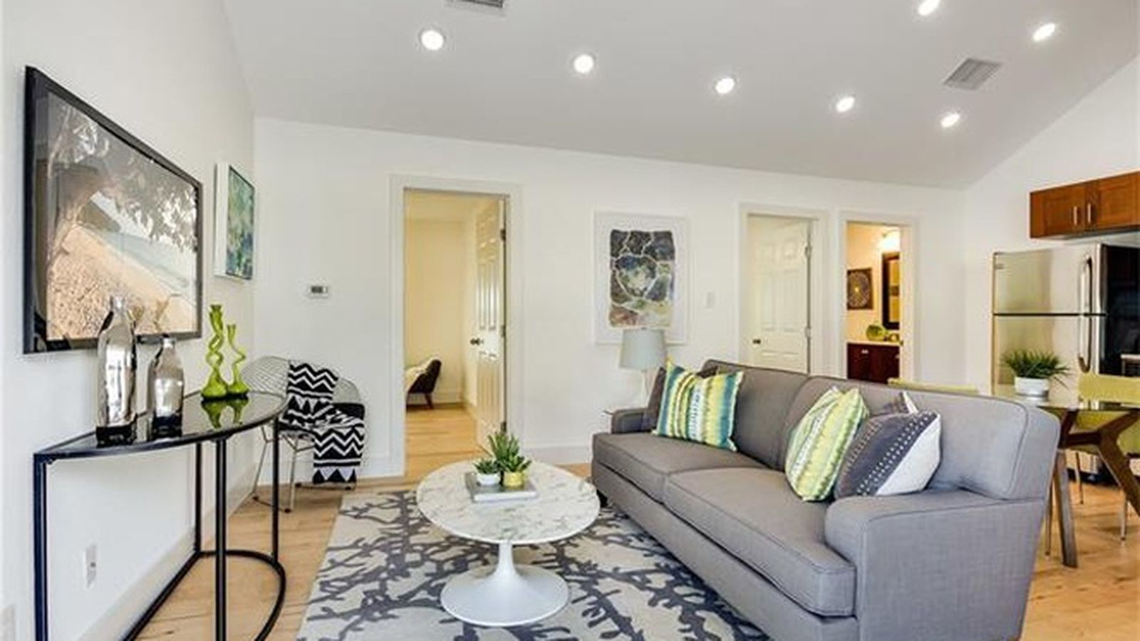 Austin S Smallest Two Bedroom Homes For Sale Curbed Austin