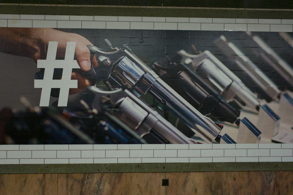 Twitter Advertisement In New York City Subway