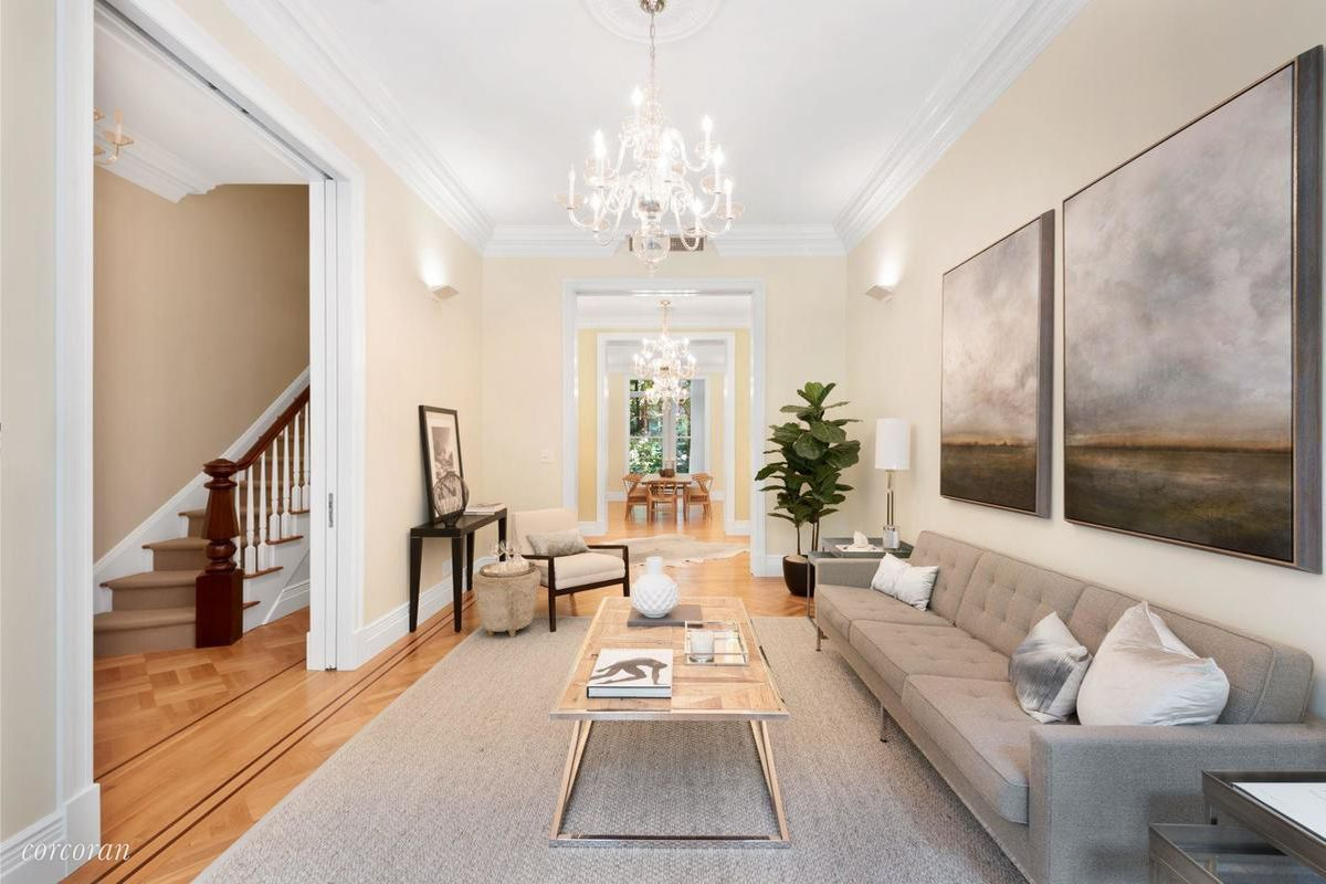 Classic gramercy brownstone with morris adjmi redesign for Gramercy park townhouse for sale