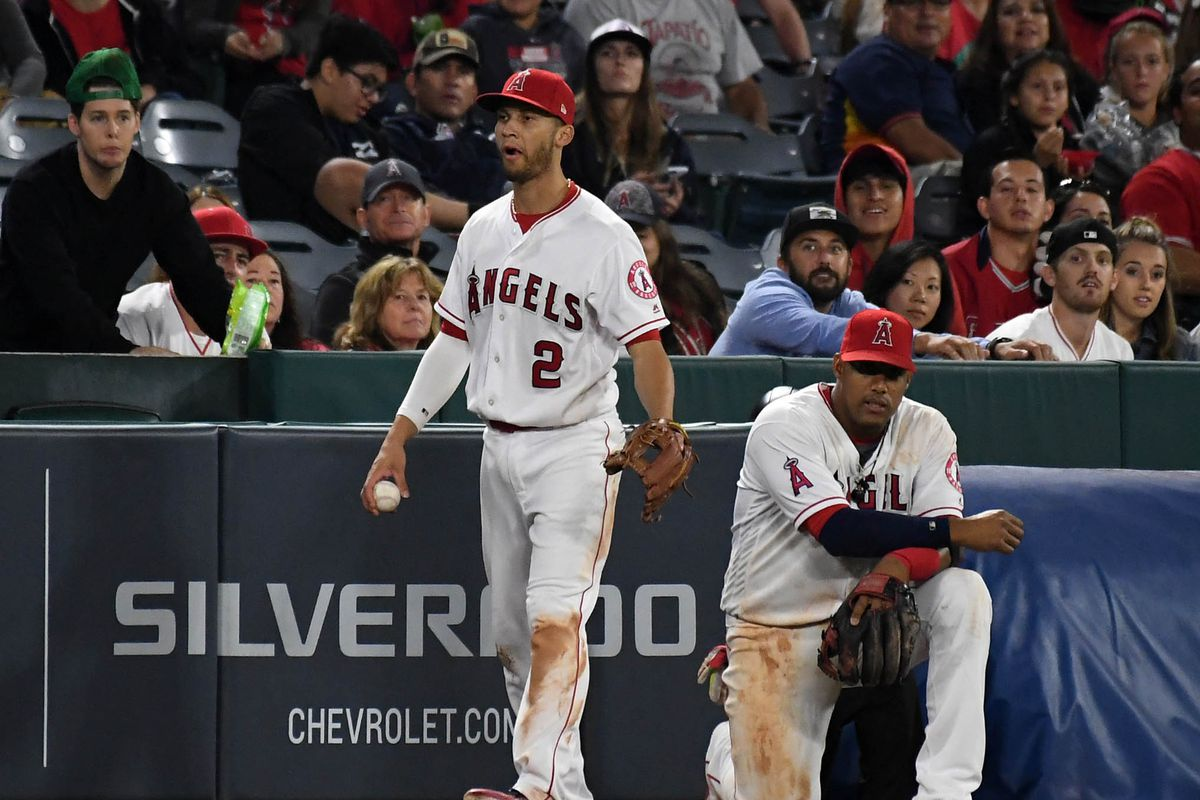 Twins hit three two-run homers to beat Angels 11-5