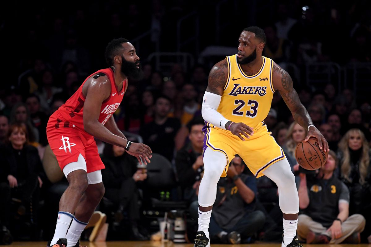 8a9f263cd9a3e LeBron James says he s  happy  with the current Lakers roster   I love our  squad