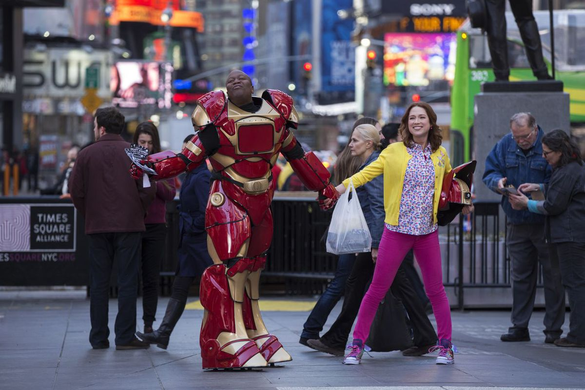 Titus (Tituss Burgess) and Kimmy (Ellie Kemper) form a fast friendship that sits at the center of Netflix's new comedy Unbreakable Kimmy Schmidt.
