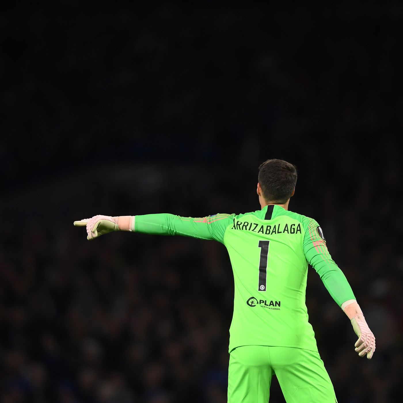 brand new 24a76 1fa53 Hazard: We lost the best goalkeeper in the world but the ...