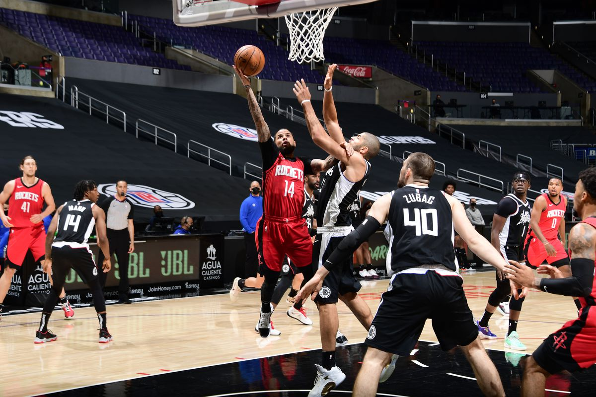 D.J. Augustin of the Houston Rockets shoots the ball during the game against the LA Clippers on April 9, 2021 at STAPLES Center in Los Angeles, California.