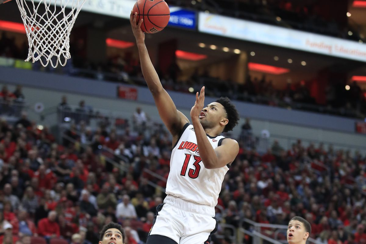Louisville escapes with 68-64 win over Georgia Tech