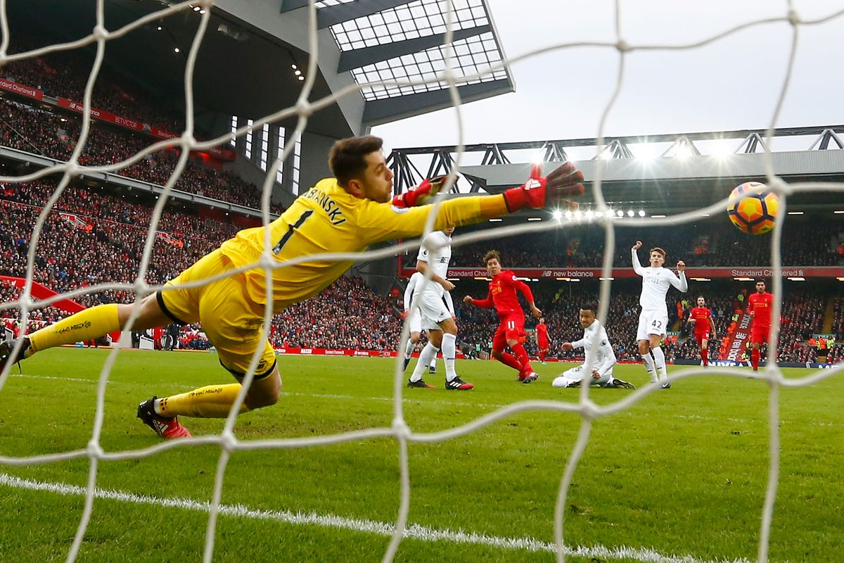 Arsenal and Liverpool Share Spoils in 6-Goal Thriller