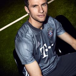 Muller models the new kit.