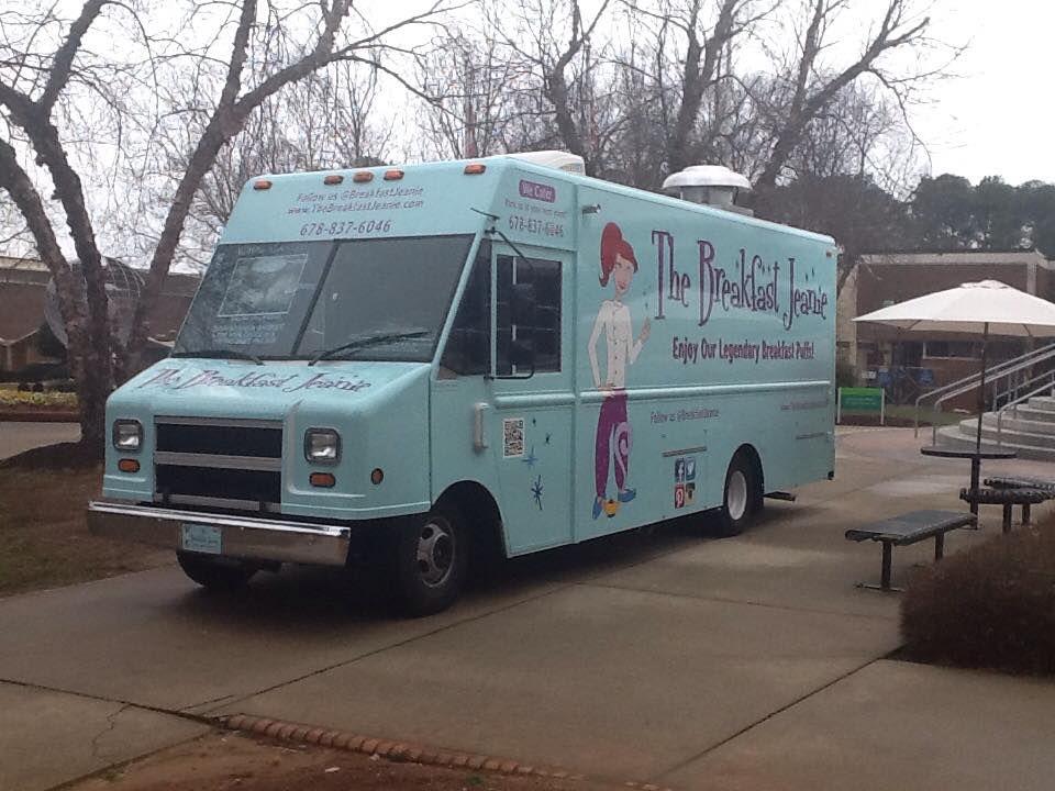 The Breakfast Jeanie food truck