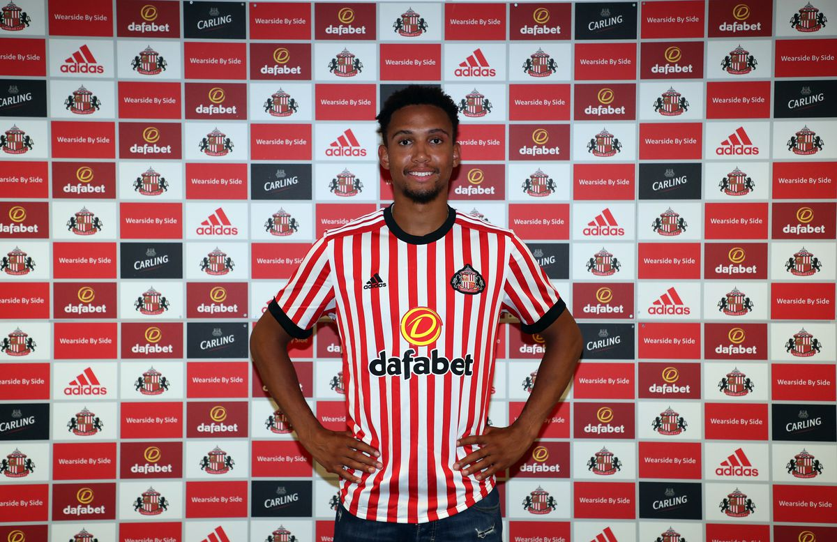 Sunderland Unveil Brendan Galloway
