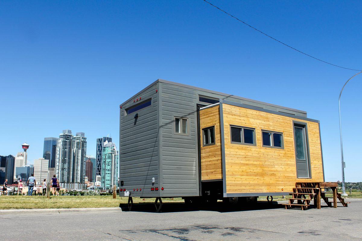expandable tiny house
